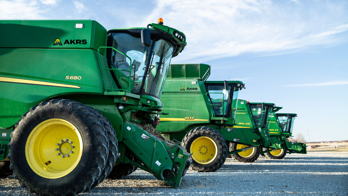 AKRS-Paul-Meyer-Co-Tractors